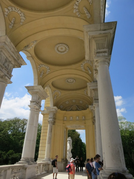 schonbrunn-palace-vienna-unesco-gloriette-002