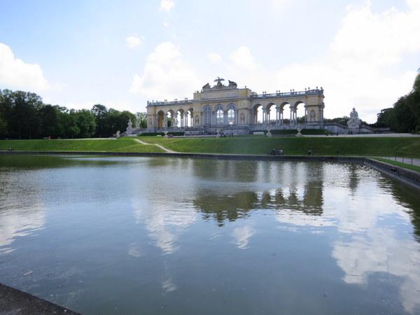 schonbrunn-palace-vienna-unesco-gloriette